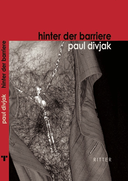 Paul Divjak hinter der barriere